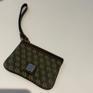 Dooney and Bourke Wristlet brown with pattern